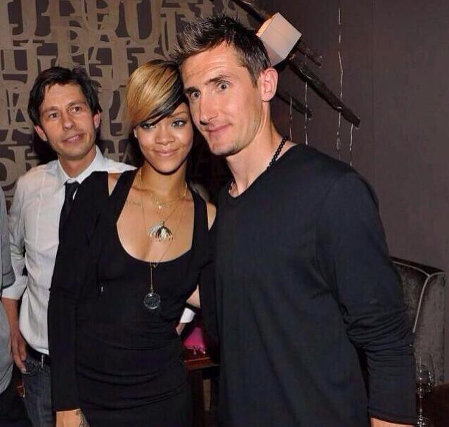 Rihanna Klose